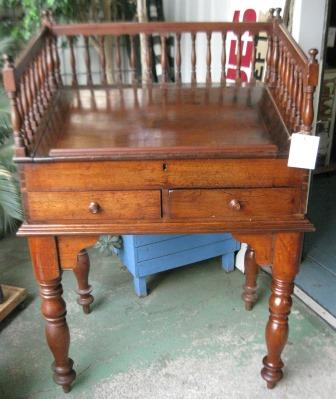 Lovely Victorian Cedar Clerks Desk with gallery, 2 drawers and lift top C1880 great restaurant piece