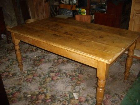 Victorian Pine Kitchen Table(SOLD)  Victorian Pine Kitchen Table.